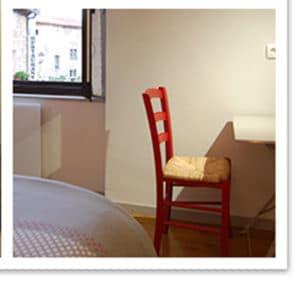 petit bureau dans la chambre du chateau, maison d'hôte à Rennes
