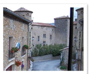 La vue de la chambre du château, maison d'hôtes à Rennes le château